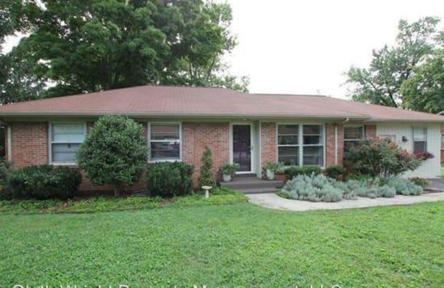 407 Gwynn Avenue - 407 Gwynn Street, Murfreesboro, TN 37130