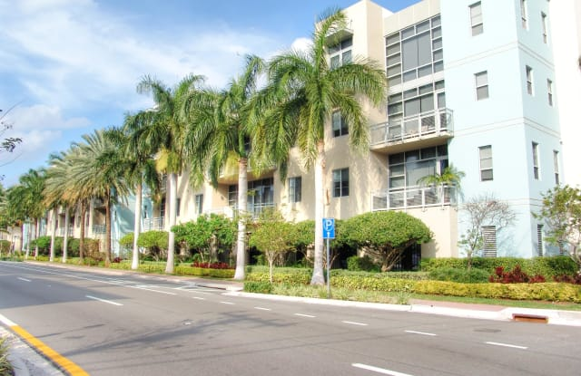 365 SE 6th Avenue - 365 Southeast 6th Avenue, Delray Beach, FL 33483