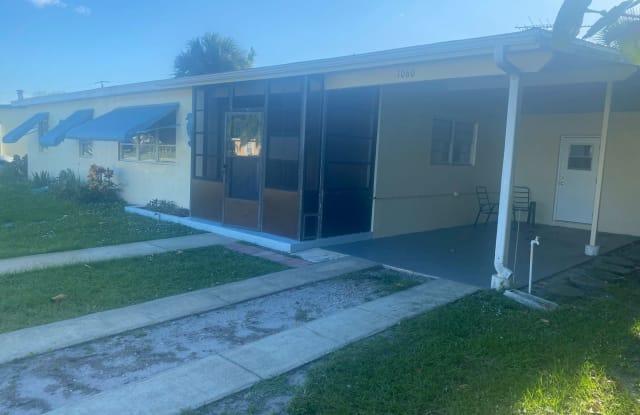 1060 Cable Lane, NE - 1060 Cable Lane Northeast, Palm Bay, FL 32905