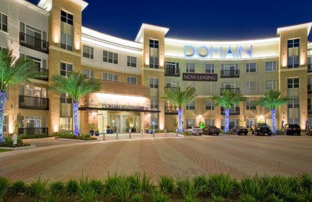 Domain at City Centre - 811 Town and Country Blvd., Houston, TX 77024