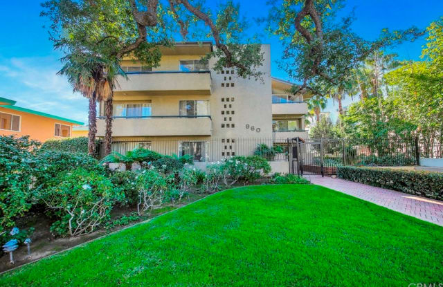 960 San Pasqual Street - 960 San Pasqual Street, Pasadena, CA 91106