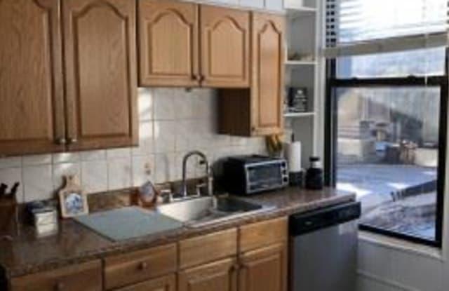 528 Washington St 1A - 528 Washington St, Hoboken, NJ 07030