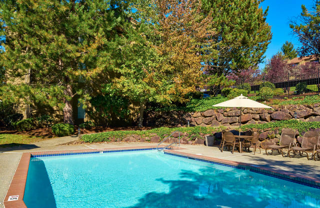 Woodcliffe Apartment Homes - 1205 Grant Ave S, Renton, WA 98055