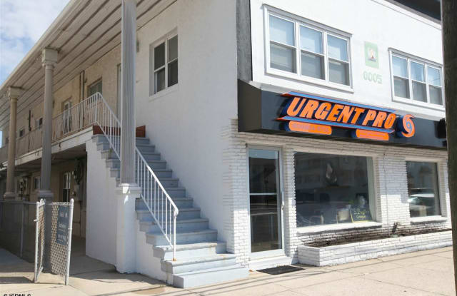 8005 Atlantic Ave - 8005 Atlantic Avenue, Margate City, NJ 08402