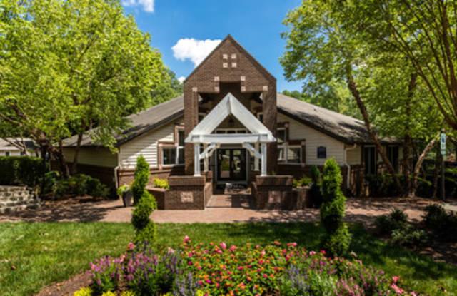 Pinnacle Ridge Apartments - 3611 University Dr, Durham, NC 27707