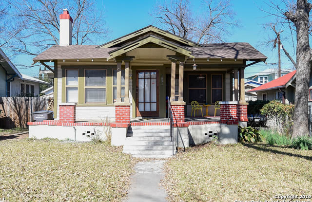 1031 W Russell Pl - 1031 West Russell Place, San Antonio, TX 78212