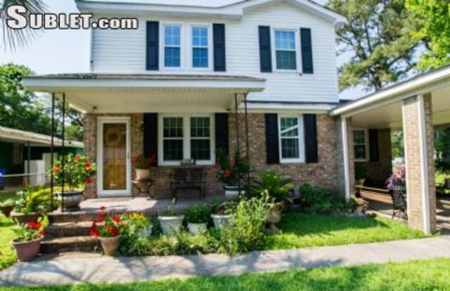 1136 Forbes Ave - 1136 Forbes Avenue, Charleston, SC 29407