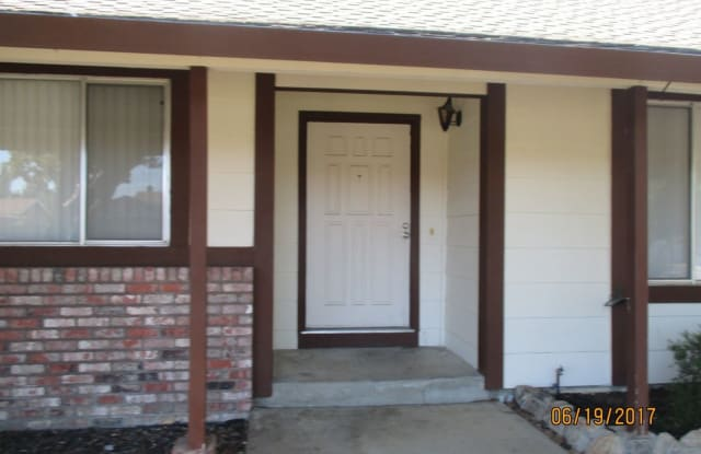 2890 Calaveras Dr - 2890 Calaveras Drive, Fairfield, CA 94534