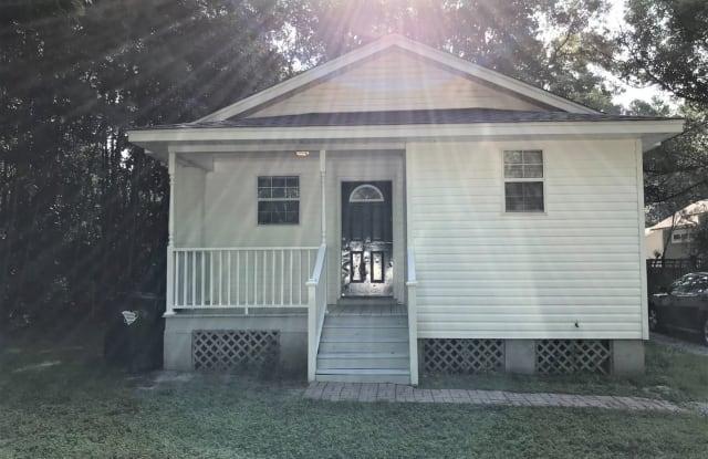 205 Foster Street - 205 Foster Street, Summerville, SC 29483