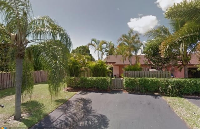 930 Nw 52nd St Deerfield Beach Fl Apartments For Rent