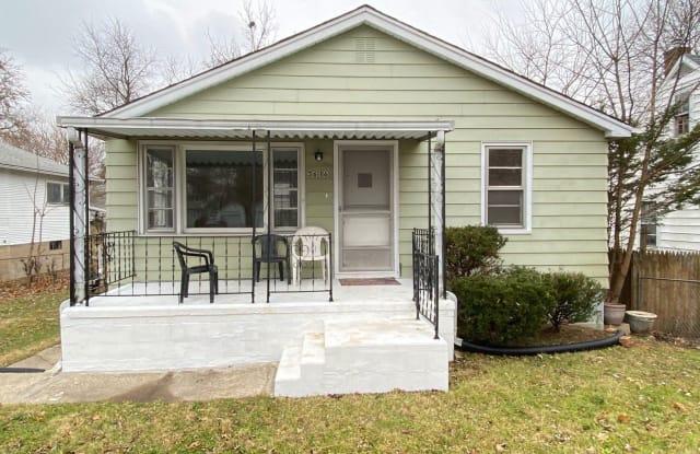 3616 N Finnel Ave - 3616 North Finnell Avenue, Peoria, IL 61604