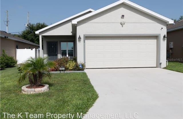 2905 Whispering Trails Drive - 2905 Whispering Trails Dr, Winter Haven, FL 33884