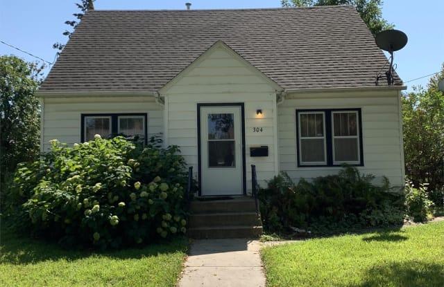 304 10th Street Northwest - 2 - 304 10th Street Northwest, Rochester, MN 55901