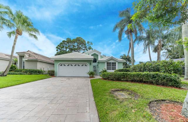 13800 Crosspointe Court - 13800 Crosspointe Court, Palm Beach County, FL 33418