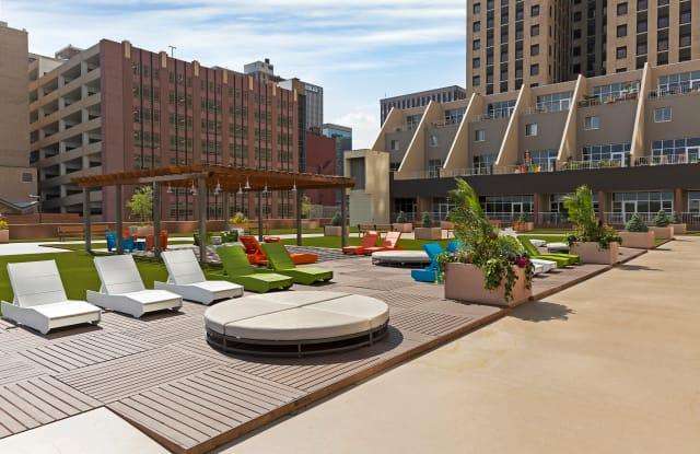 Kellogg Square Apartments - 111 Kellogg Blvd E, St. Paul, MN 55101