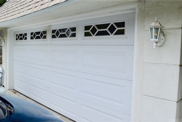 2108 El Arbolita Drive - 2108 El Arbolita Drive, Glendale, CA 91208