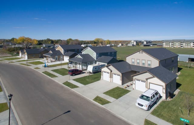 810 40th St E - 810 40th Street East, Williston, ND 58801