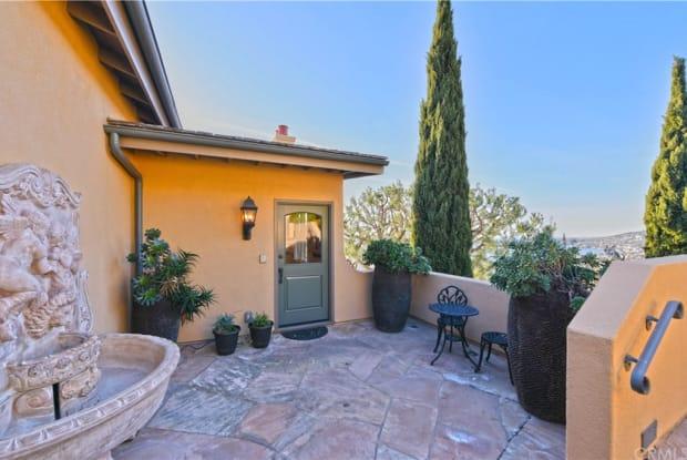 2210 Crestview Drive - 2210 Crestview Drive, Laguna Beach, CA 92651