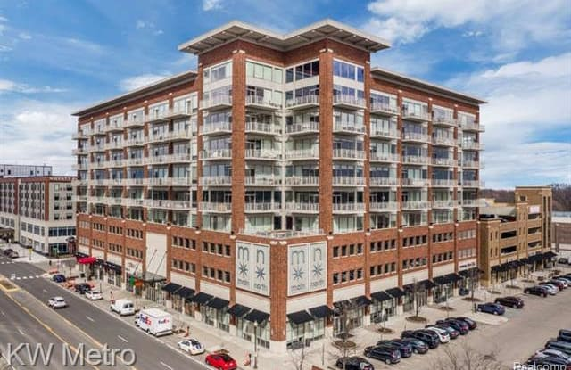 350 N MAIN Street - 350 North Main Street, Royal Oak, MI 48067