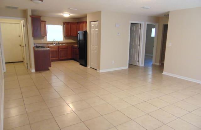 709 NE 26th St - 709 Northeast 26th Street, Ocala, FL 34470