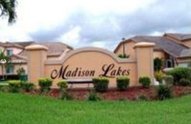 5167 E Madison Lakes Cir E - 5167 Madison Lakes Cir E, Davie, FL 33328