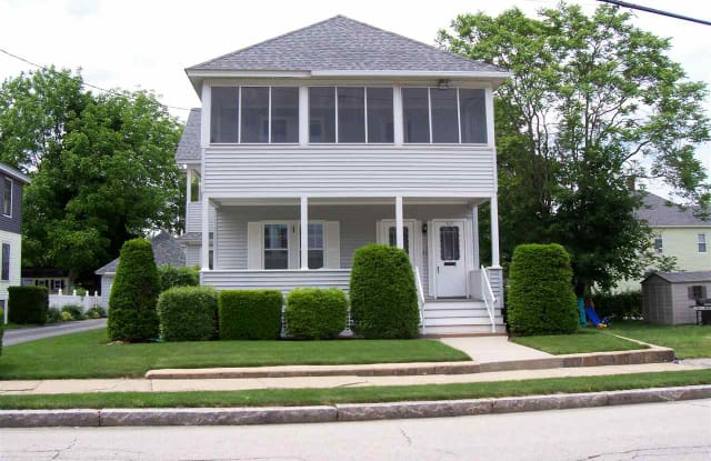 210 Taylor Street - 210 Taylor St, Manchester, NH 03103
