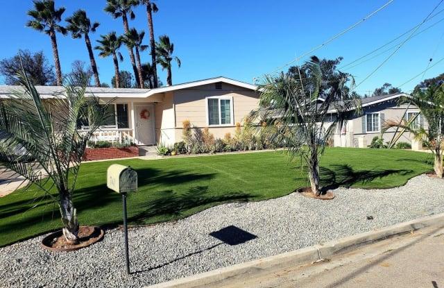 741 Magarian Rd - 741 Magarian Road, Fallbrook, CA 92028