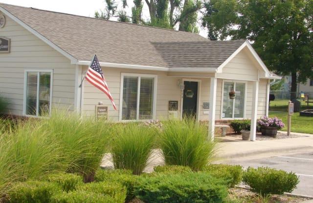 Cedarwood Terrace Apartments - 2244 N Cedarwood Ln, Springfield, MO 65803