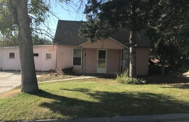 823 Warren - 823 Warren Street, Thermopolis, WY 82443