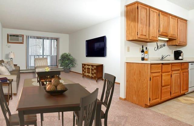 Woodstone - 2335 Stewart Ave, St. Paul, MN 55116