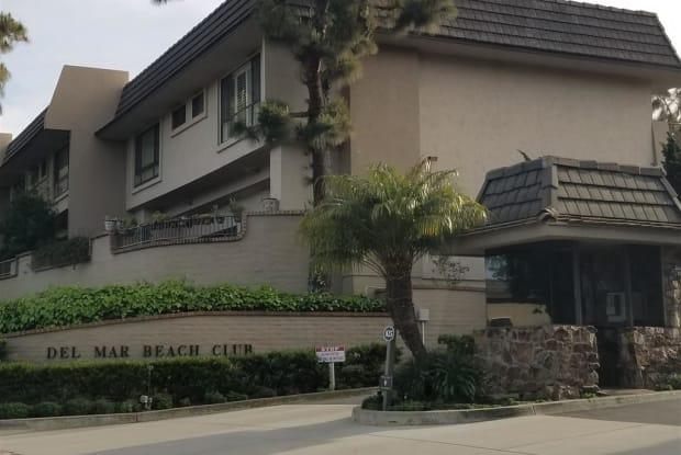 804 Ocean Surf - 804 Ocean Surf Drive, Solana Beach, CA 92075
