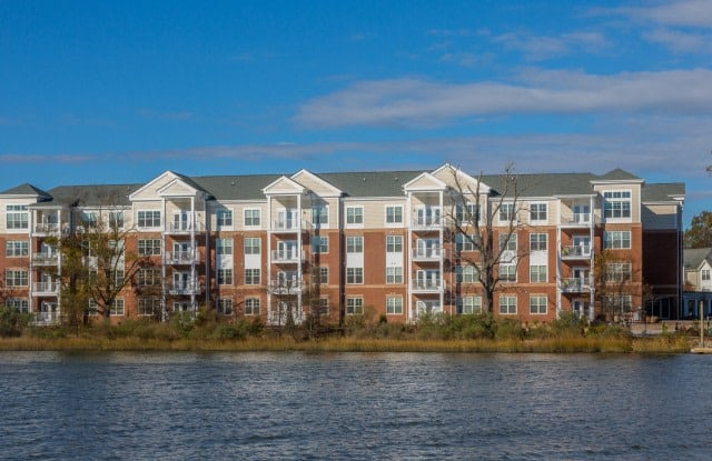 CovePointe at The Landings - 1001 Bolling Ave, Norfolk, VA 23508
