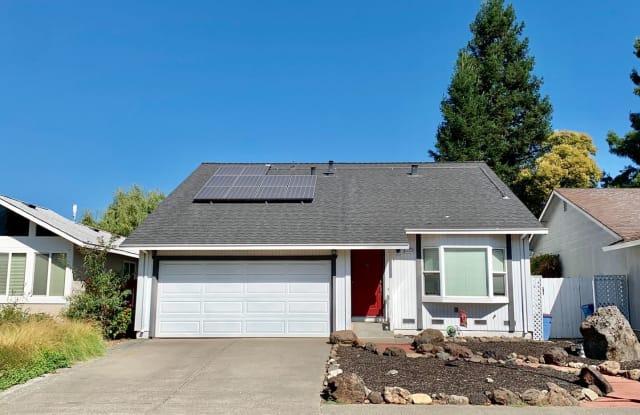 5029 Oak Park Way - 5029 Oak Park Way, Santa Rosa, CA 95409