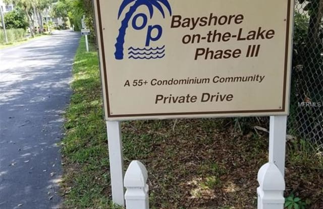 3326 LAKE BAYSHORE DRIVE - 3326 Lake Bayshore Drive, South Bradenton, FL 34205