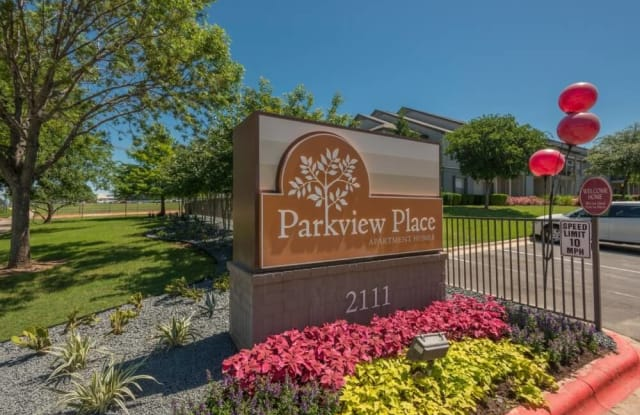 Parkview Place - 2111 N Austin Ave, Georgetown, TX 78626