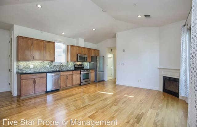 21 S Claremont St #17 - 21 South Claremont Street, San Mateo, CA 94401