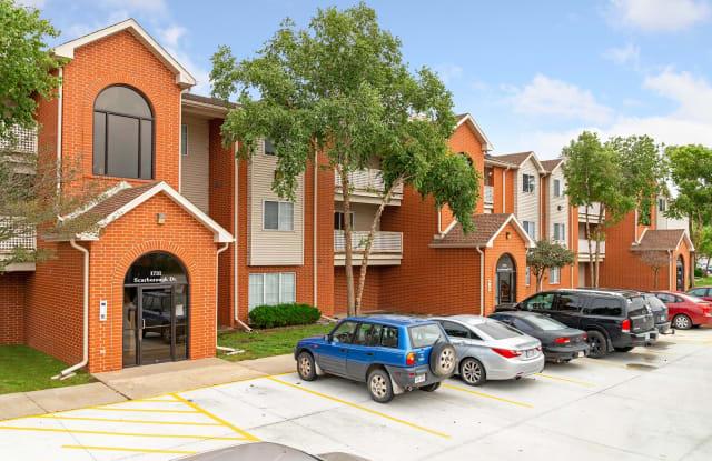 Tregaron Oaks - 1729 Scarborough Dr, Bellevue, NE 68123