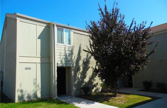 Sugar Plum Creek Apartments - 10149 E 32nd St, Tulsa, OK 74146