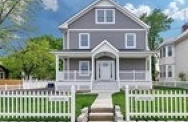 169 PASSAIC ST - 169 Passaic Street, Hackensack, NJ 07601