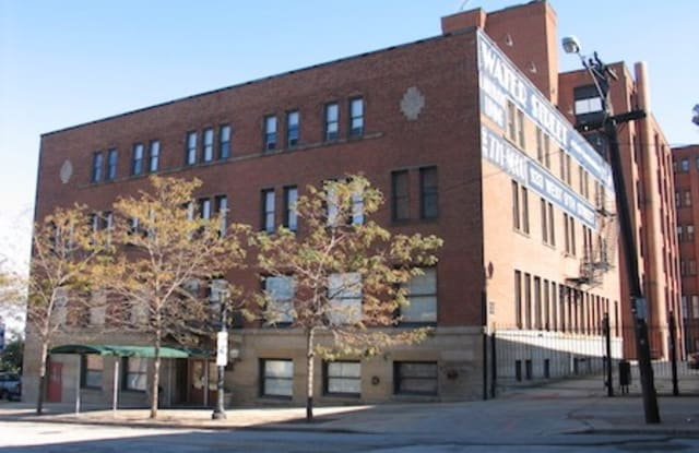 Waterstreet Apartments - 1133 W 9th St, Cleveland, OH 44113