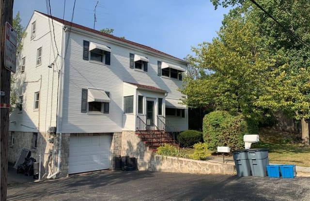 35 Westview Avenue - 35 Westview Avenue, Rye Brook, NY 10573