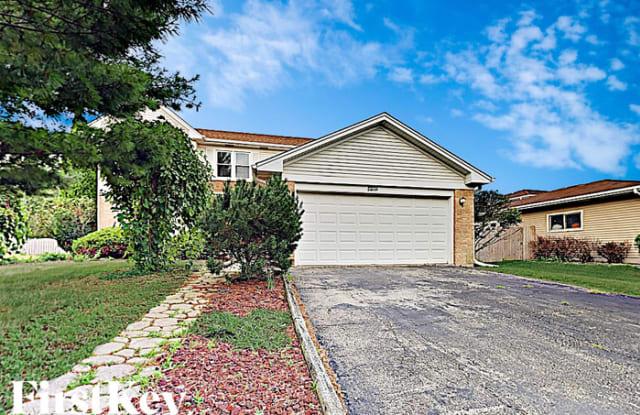 173 Beaver Creek Drive - 173 Beaver Creek Drive, Bolingbrook, IL 60490