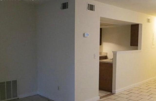 1236 WONDERWOOD DR - 1236 Wonderwood Drive, Jacksonville, FL 32233