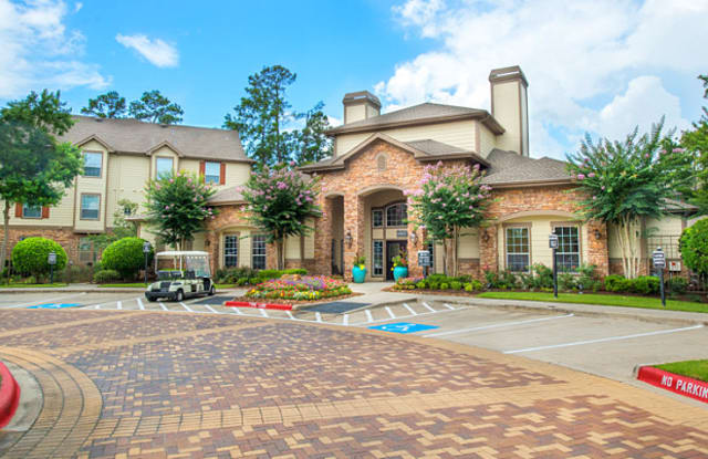 Avana Sterling Ridge - 6900 Lake Woodlands Dr, The Woodlands, TX 77382