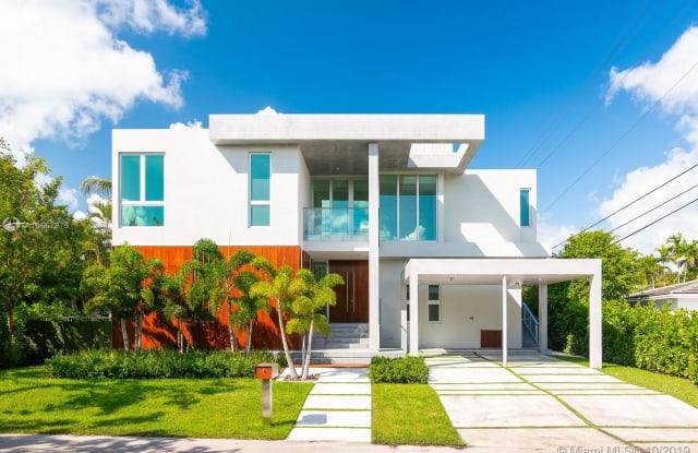 544 Ridgewood Rd - 544 Ridgewood Road, Key Biscayne, FL 33149