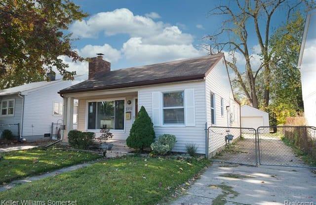 27097 BARRINGTON Street - 27097 Barrington Street, Madison Heights, MI 48071