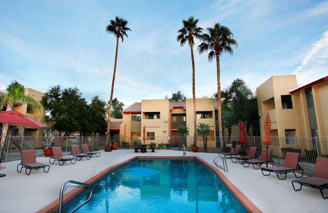 Country Gables - 15010 N 59th Ave, Glendale, AZ 85306