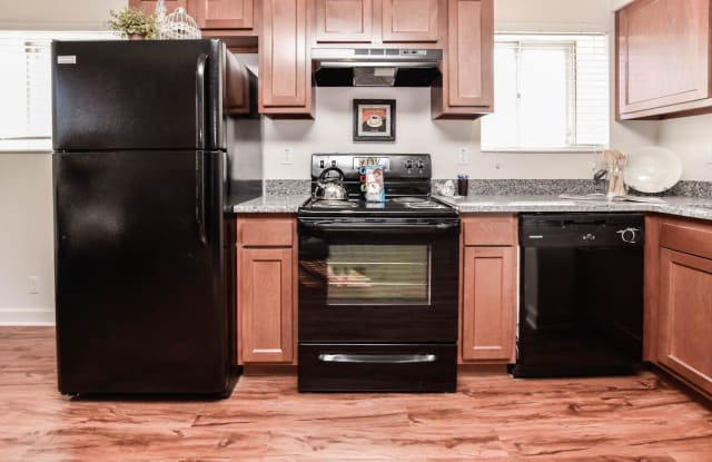 Stanford Place Apartments - 9305 Manchester Rd, Rock Hill, MO 63119