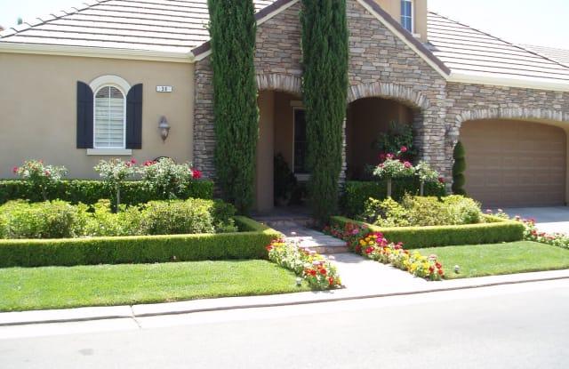 36 W. Prescott Ave - 36 W Prescott Ave, Clovis, CA 93619