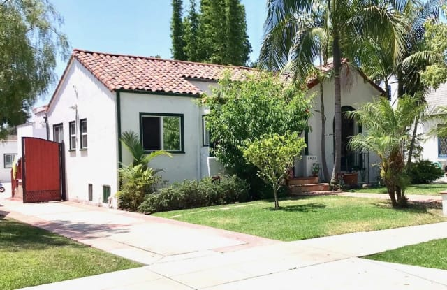 6420 MOORE Drive - 6420 Moore Drive, Los Angeles, CA 90048